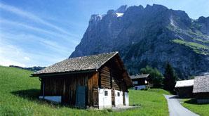 Mit dem eigenen Auto unterwegs in den schönsten Regionen Europas